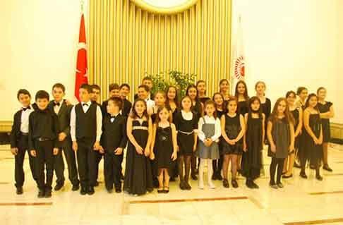 Çağlar Çocuk Orkestrası Türkiye Büyük Millet Meclisi'nde 23 Nisan Konseri